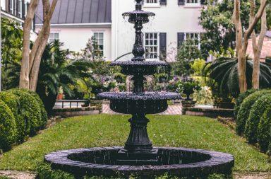 fontaine jardin noire